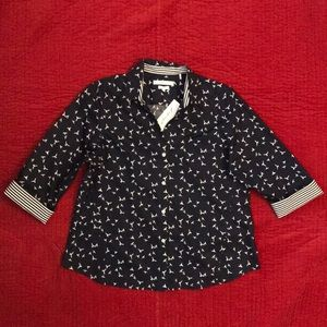NWT, Foxcroft easy care button down shirt